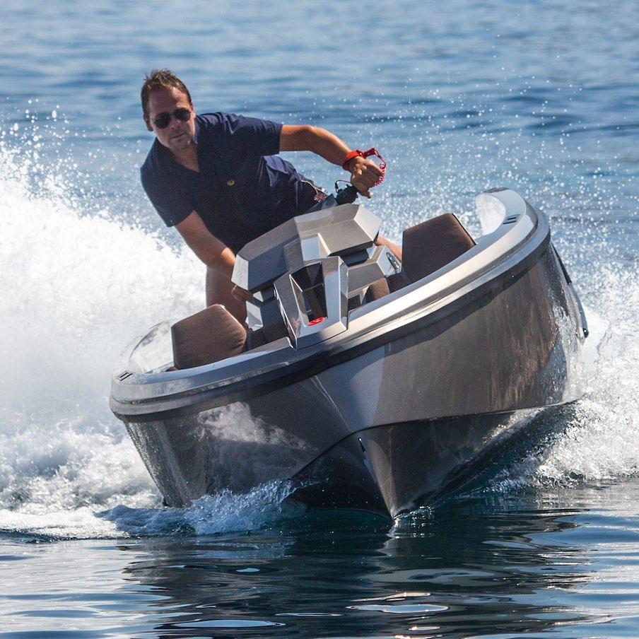Scooter-Yacht: Vanqraft VQ16