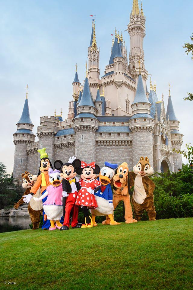 Presidente de Disney renuncia a su sueldo a partir de abril