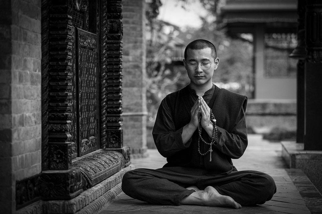 Medita desde casa con estos rituales diseñados por un hotel 5 estrellas