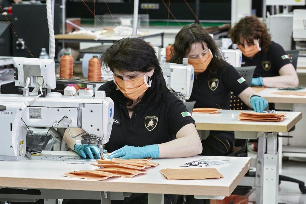 Lamborghini acelera la producción de equipo médico