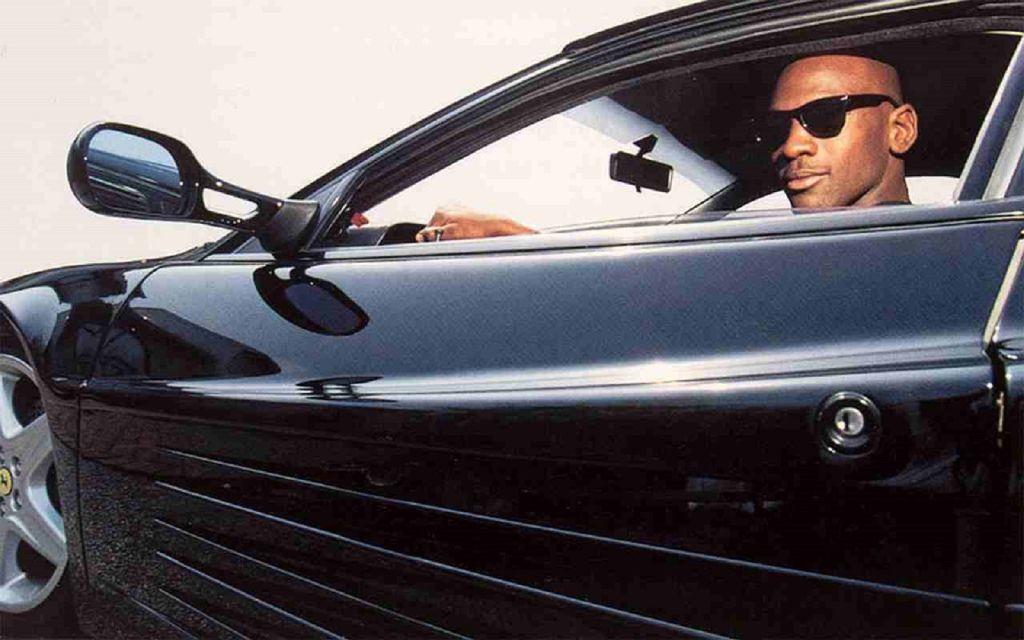 Michael Jordan y su colección de autos deportivos que va de Porsche a Ferrari