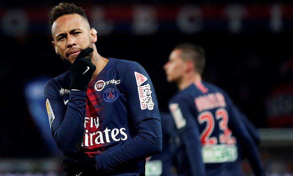 Los tenis de Neymar no te harán jugar como él -o sí-, pero te encantarán