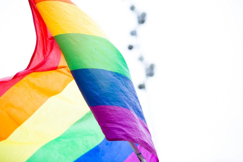 Celebra a la comunidad LGBT con una de estas piezas