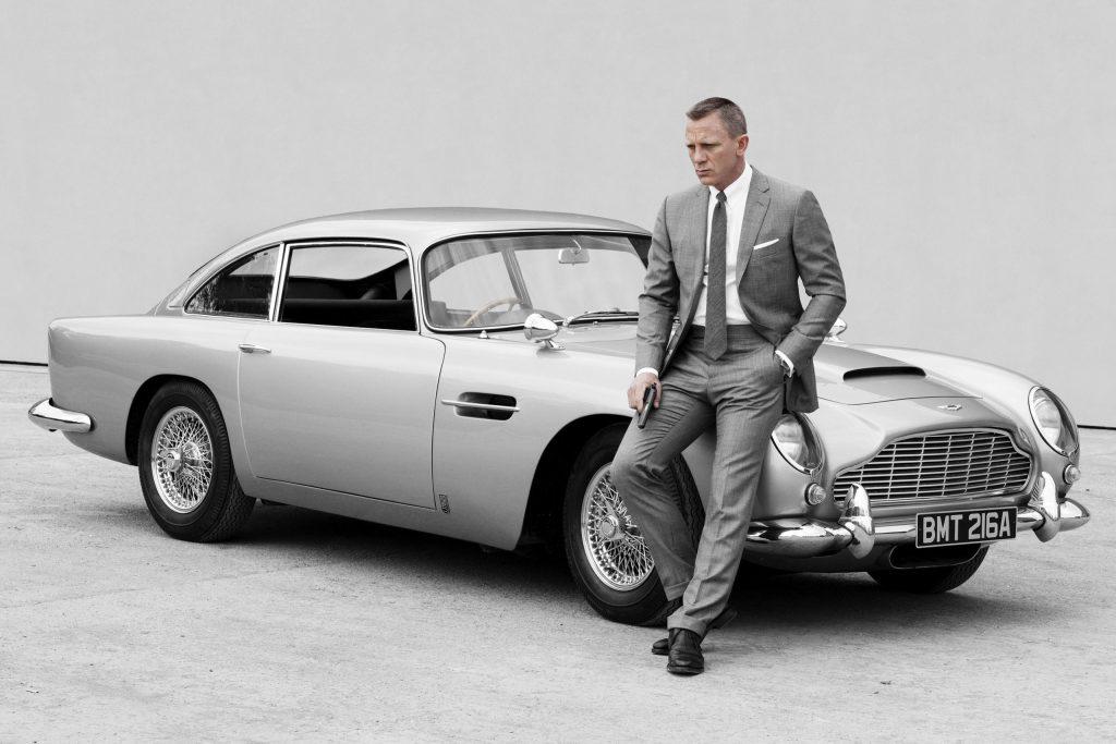 """Revive el Aston Martin DB5 de la película """"Goldfinger"""" de James Bond con todo y armas"""