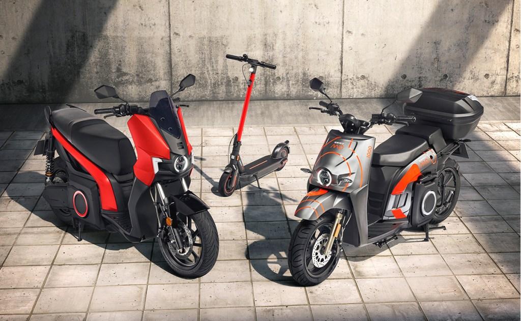 Lo nuevo de SEAT es de dos ruedas; presenta su primera moto eléctrica y un scooter