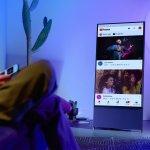 «The Sero», la pantalla giratoria de Samsung para Millennials y Centennials adictos a Tik-Tok e Instagram