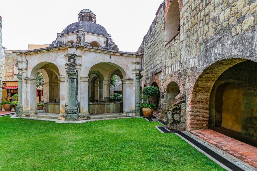 Escápate a vacacionar a un ex convento del siglo XVI en el corazón de Oaxaca