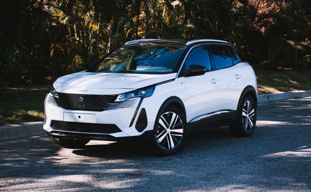 Aquí te decimos por qué estas dos nuevas SUV's de Peugeot (3008 y 5008) no puedes dejar conducirlas