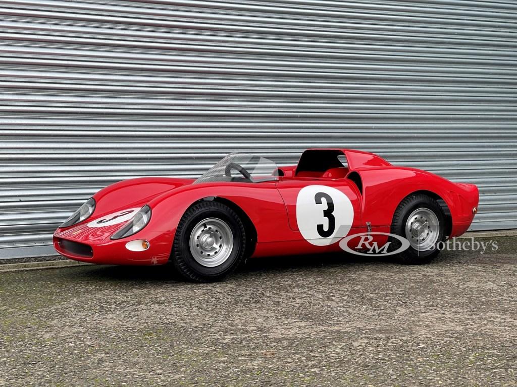 Este Ferrari 330 P2 Junior se convirtió en el 'juguete' para niños más caro en una subasta