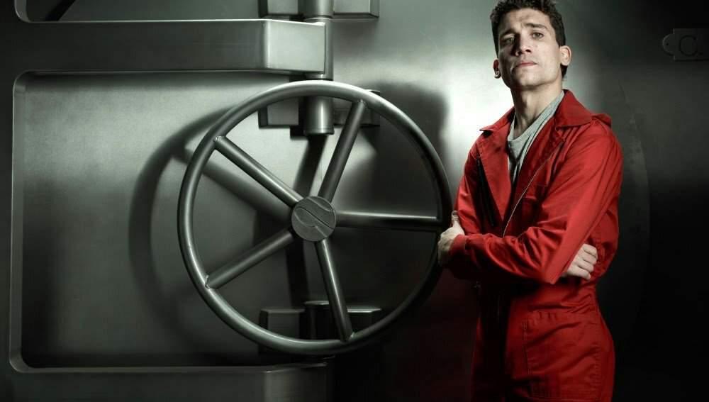 Los lujosos relojes Bvlgari de Jaime Lorente, mejor conocido como Denver en «La Casa de Papel»