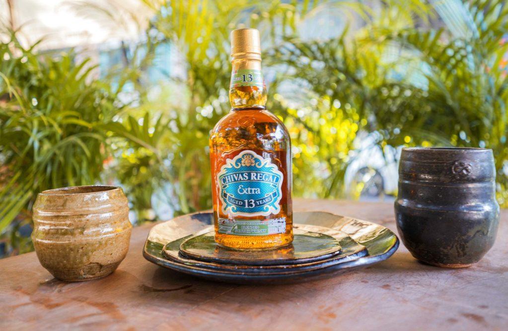 Chivas le da un twist de frescura al mundo del whisky Premium
