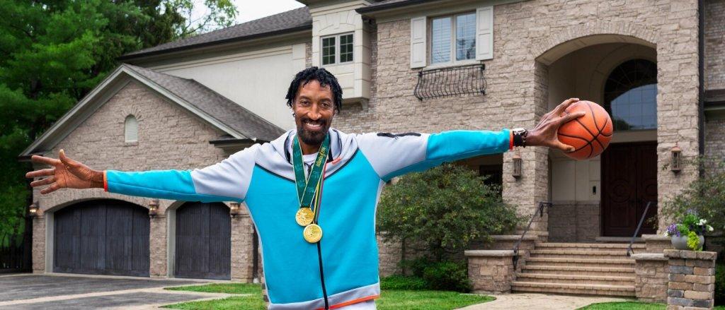 Ve armando tu grupo de amigos para hacer una fiesta olímpica en la mansión de Scottie Pippen