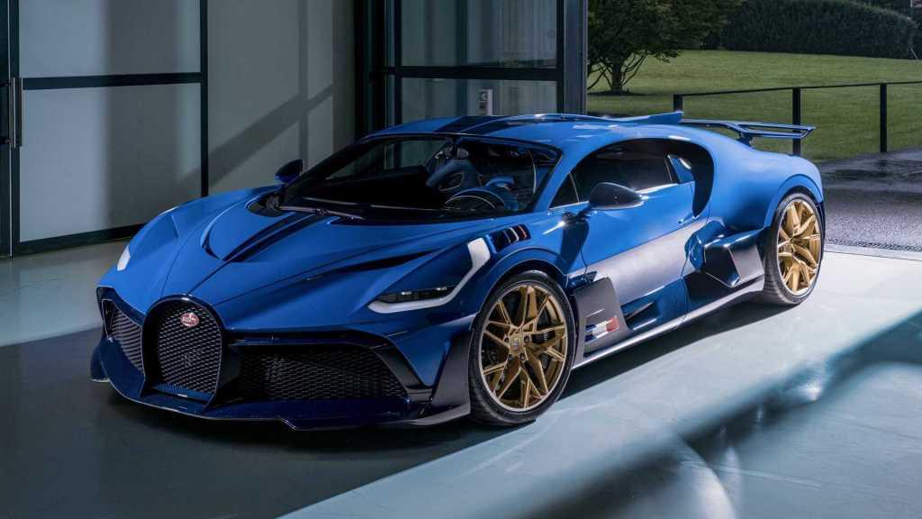 Bugatti Divo, el azulado homenaje al último auto oficial de la marca para Le Mans