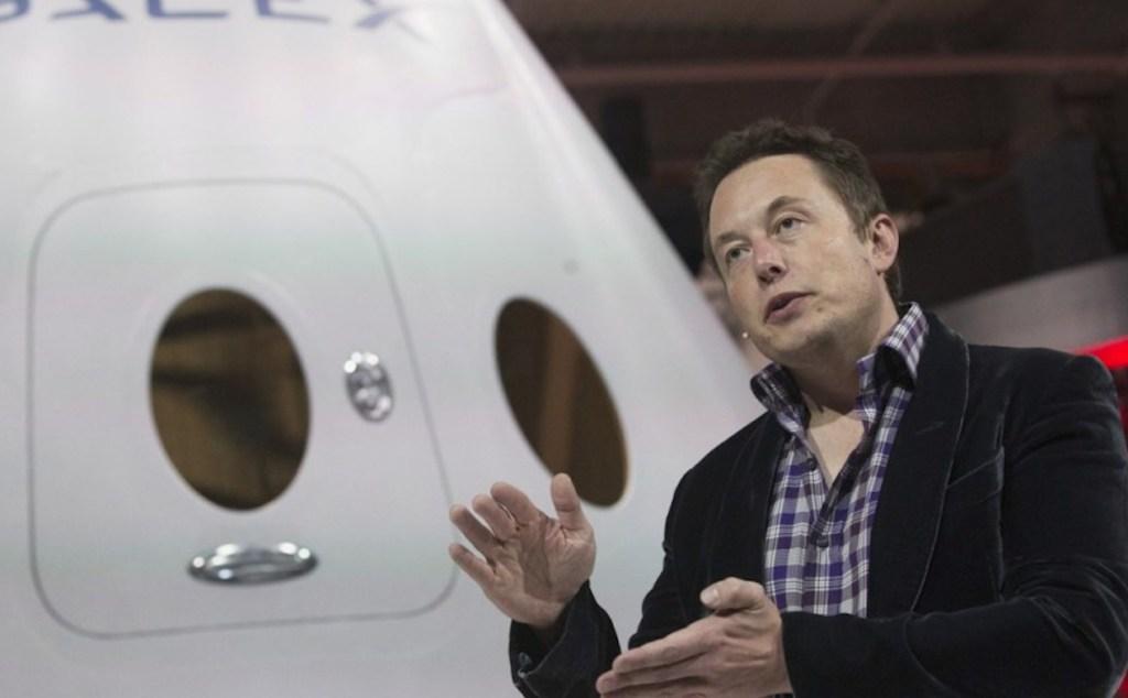 Elon Musk también va al espacio, pero no con SpaceX, sino con Virgin Galactic