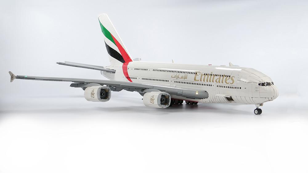 El avión más grande del mundo, el Airbus A380, cabrá en tu habitación gracias a Lego