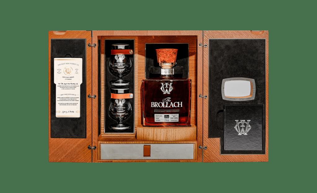 Conoce The Brollach, un raro whisky irlandés de doble destilación, de 6,500 dólares