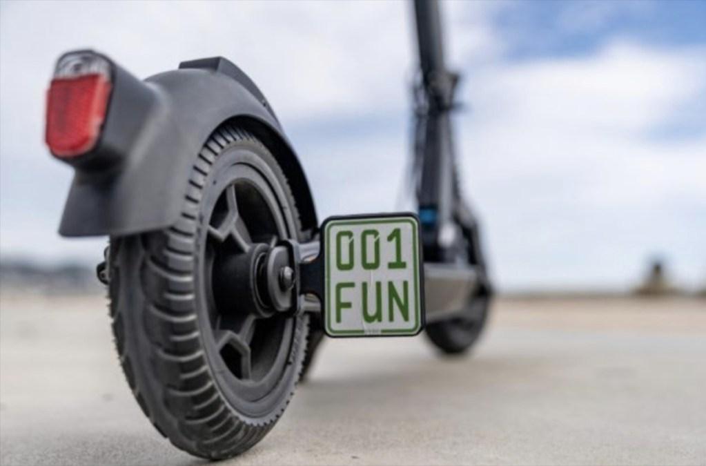 5 scooters hechos por los fabricantes de coches para moverse en el Día Mundial sin Automóvil