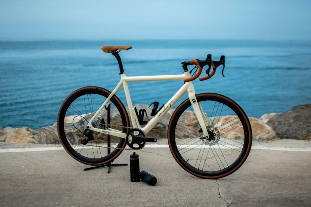 Ares Super Leggera HPS, primera bici eléctrica de fibra de carbono de alta tecnología del mundo