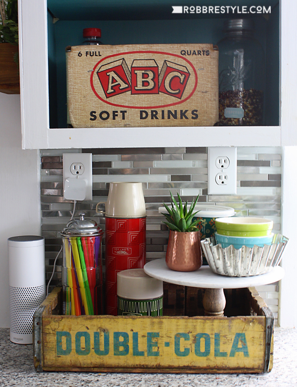 How to use vintage boxes in home decor