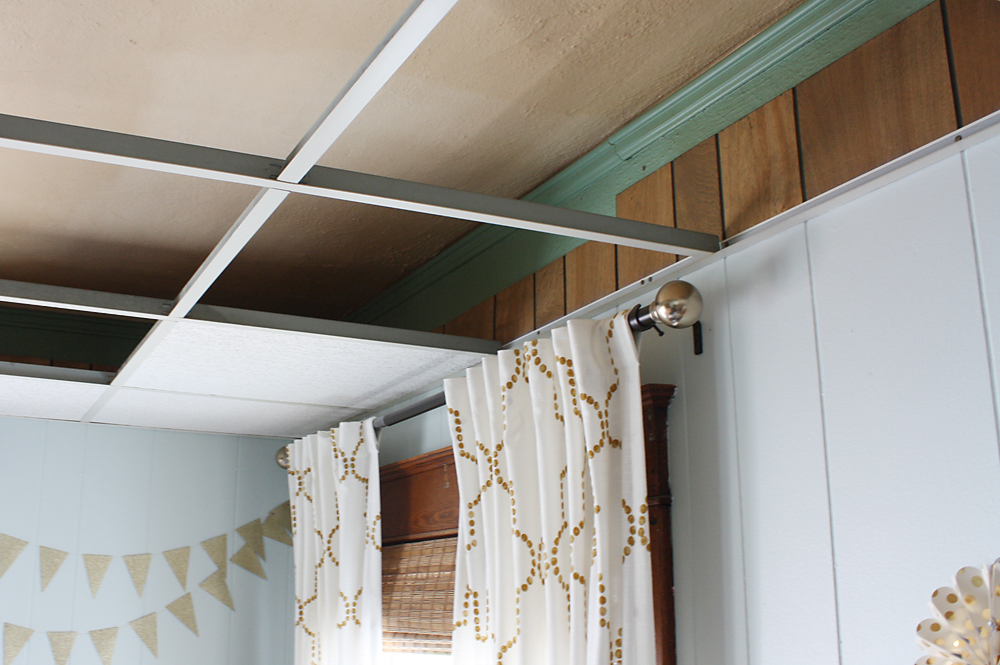 How To Easily Update An Ugly Drop Ceiling Robb Restyle