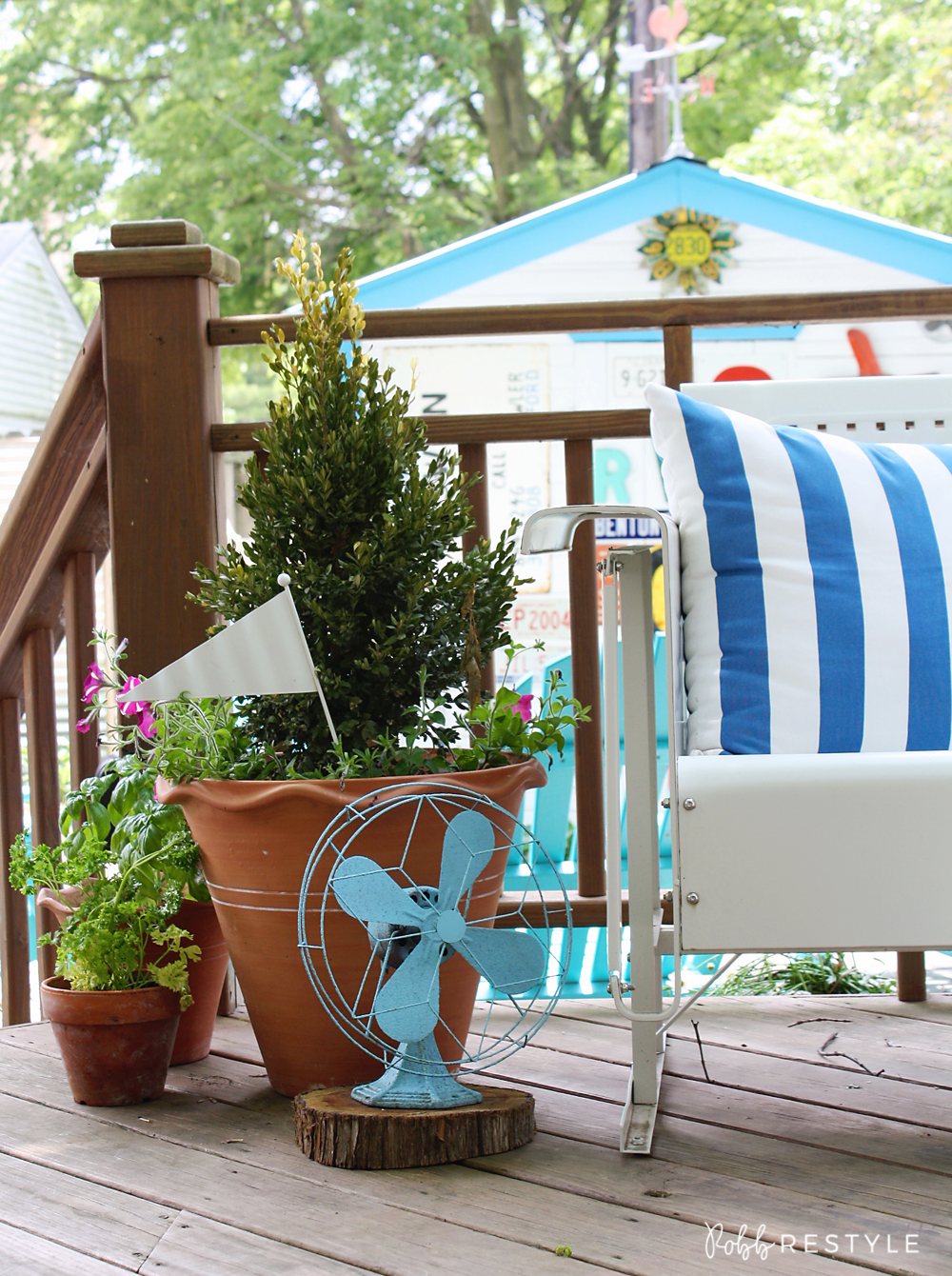 Summer home tour - vintage metal glider