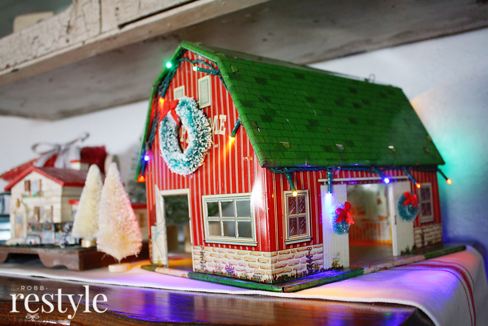 Vintage Toy Barn Holiday