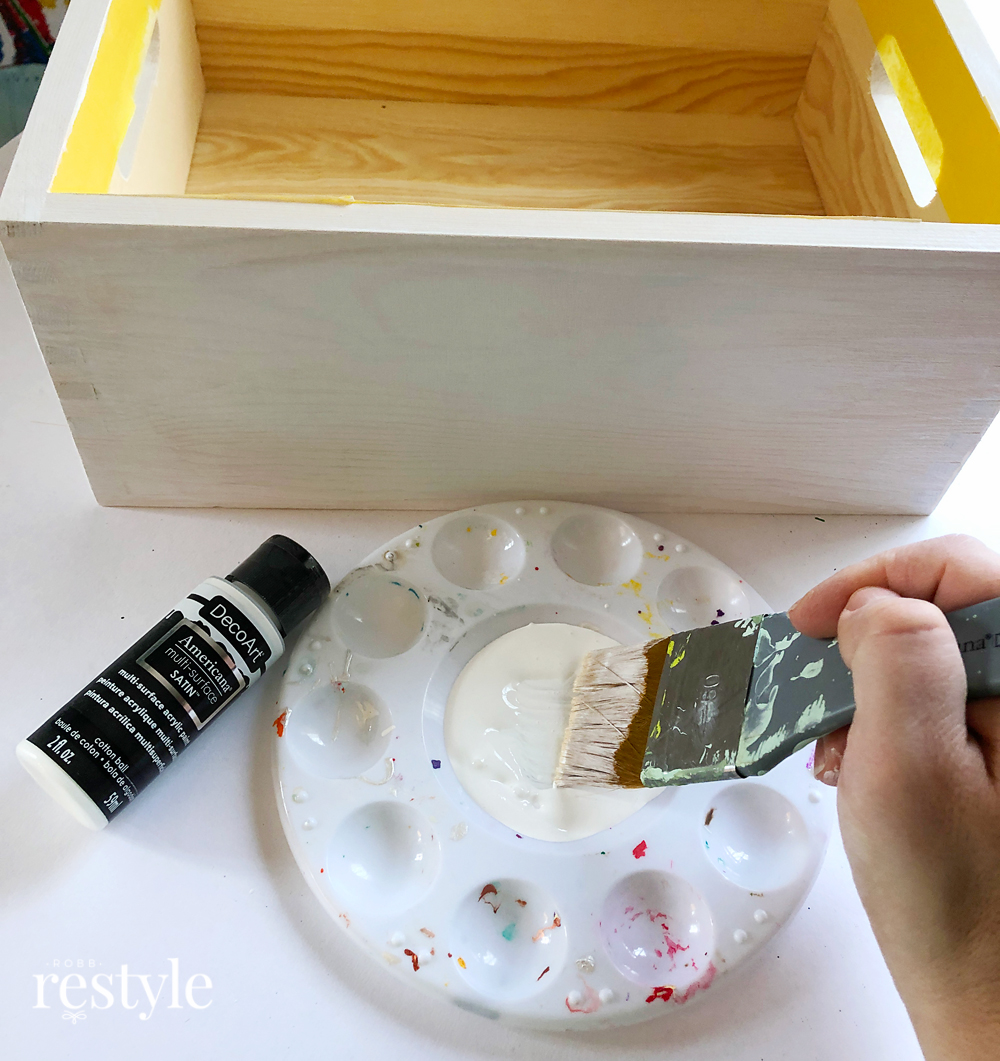 Painting Farmhouse Style Box white