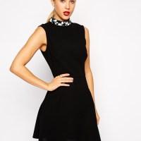 Comment accessoiriser une robe noire