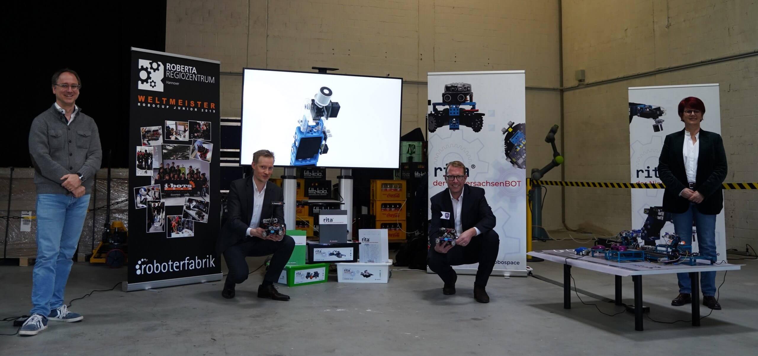 """You are currently viewing Robotik-Initiative als """"Digitaler Ort Niedersachsen"""" ausgezeichnet"""