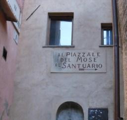 sacro monte, borgo, santa maria del monte, varese, italy, UNESCO, world, heritage, site, sculpture, statue, fountain, Moses, Mosé, Gaetano Monti, Ravenna