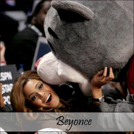 Clutch with Beyonce