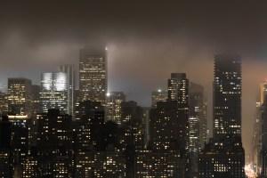 New York Manhattan Down