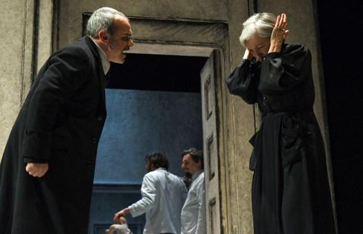 Così è (se vi pare) - Teatro Stabile Torino. Andrea Di Casa e Maria Paiato