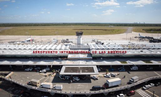 Detectan 4 cápsulas calibre 380 en avión venezolano, incidente produce retrasos en varios vuelos del AILA