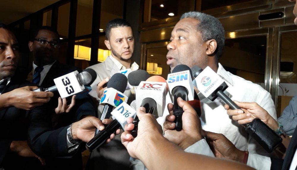 (Video): Tony Peña Guaba asegura que son los precandidatos del PLD los que violan la Ley de Partidos