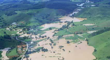 Acidente ecológico ocorrido em 2003 causou danos aos rios Pomba e Paraíba do Sul