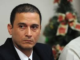 Luis Diego Calderón, Director de Cobros de la CCSS, abrió una cuenta corriente paralela a Fodesaf (ILEGAL),cuando fue Tesorero General de la CCSS, haciendo perder a ésta 1.387 millones.de colones ¡y sigue en la CCSS!!!