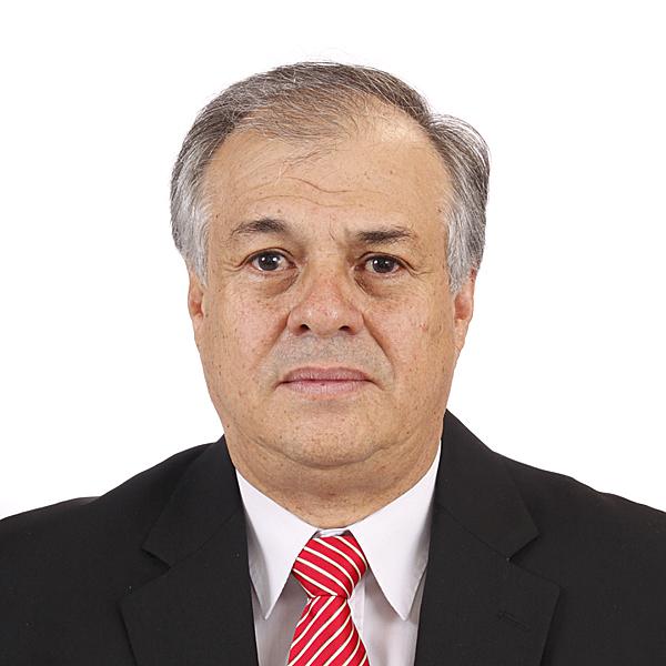 Roberto Mora Salazar (El Cobrador de la CCSS), no es quién se postuló para la Defensoría de los Habitantes, se trata de otra persona con el mismo nombre.