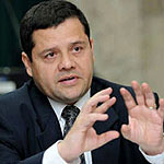 Solicitud de aplicación de la Normativa de Relaciones Laborales de la CCSS contra Iván Guardia y su señora.