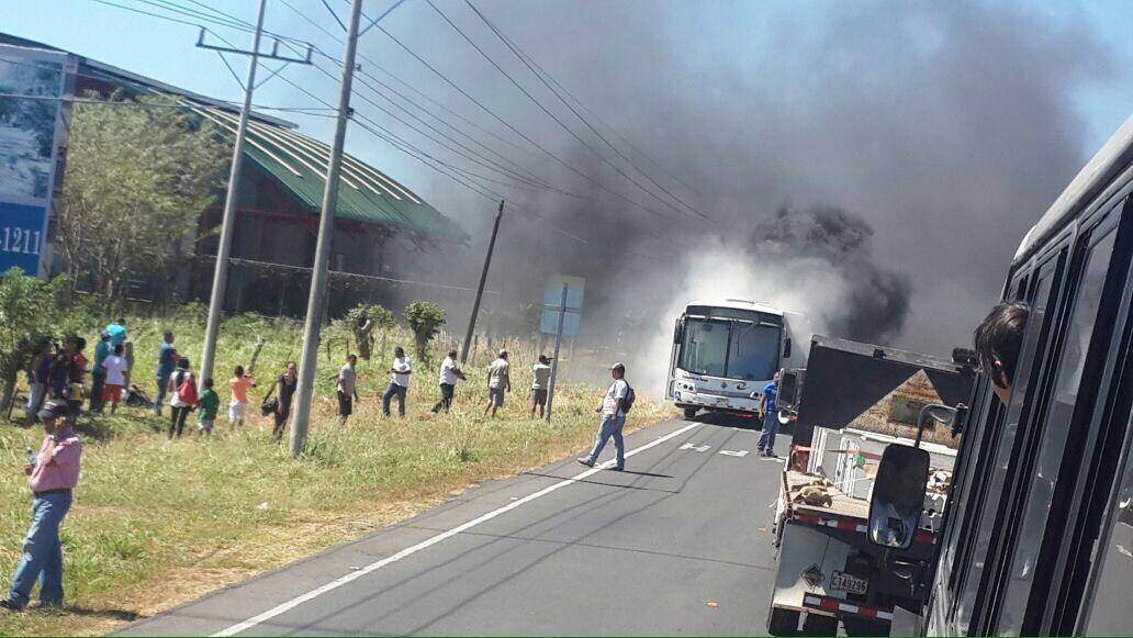Transportes La Pampa, Ltda de los señores Arredondo de Guanacaste, es sancionada con CANCELACION DE PERMISO por el CTP.