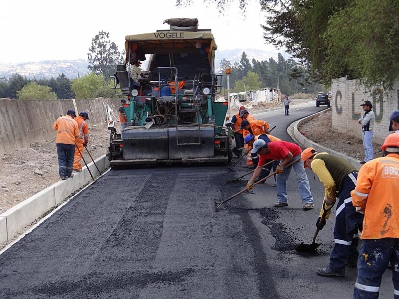 Constructora Conansa y su grupo, adeudan 18 millones a la Seg Social y la Contraloría le aprueba contratos del CONAVI.