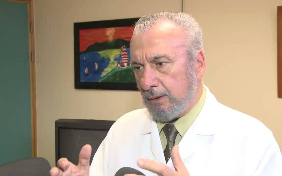 Merecido reconocimiento al Dr Francisco Pérez Gutiérrez, Director Hospital San Rafael de Alajuela.