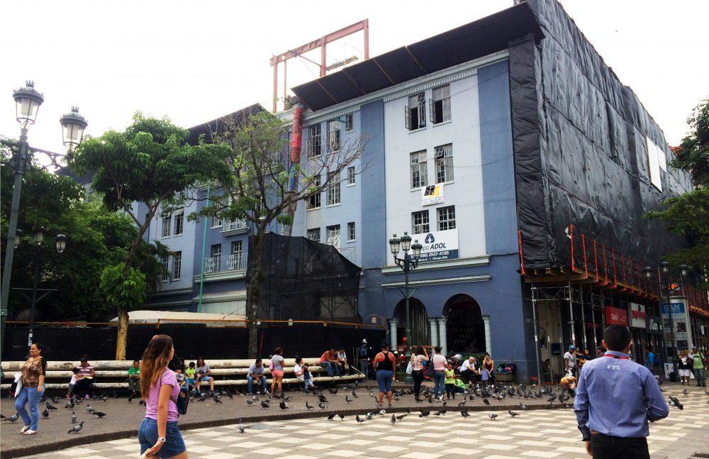 Gran Hotel Costa Rica adeuda ₵68 millones a la Seg Social y la Administración otorga permisos ilegalmente.