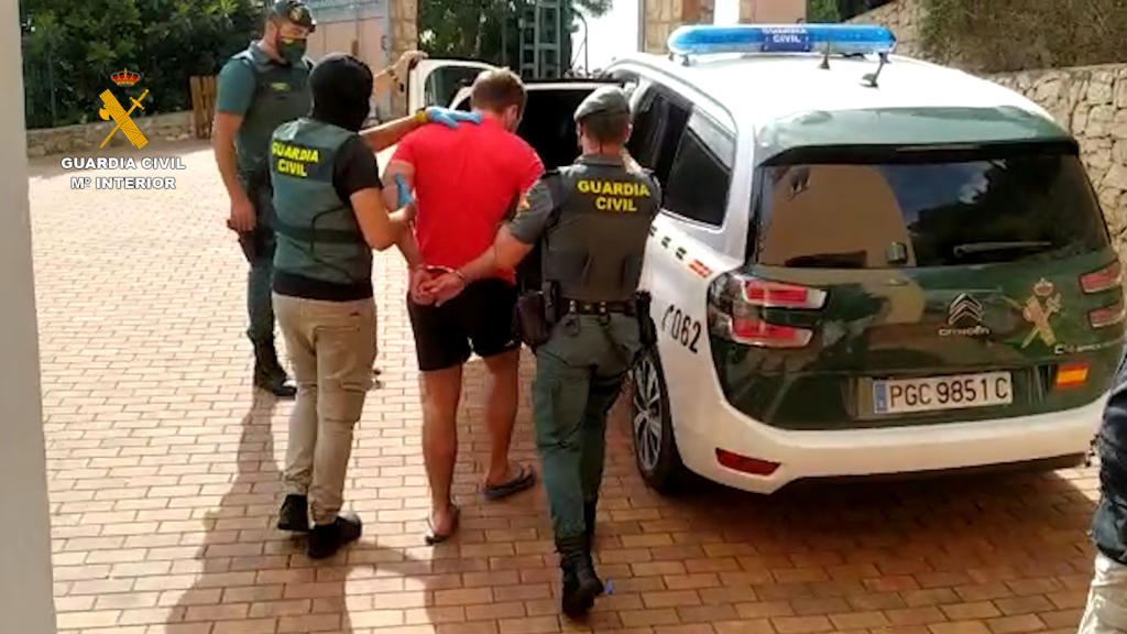 The Civil Guard dismantles in the province a criminal organization dedicated to the distribution of marijuana throughout Europe