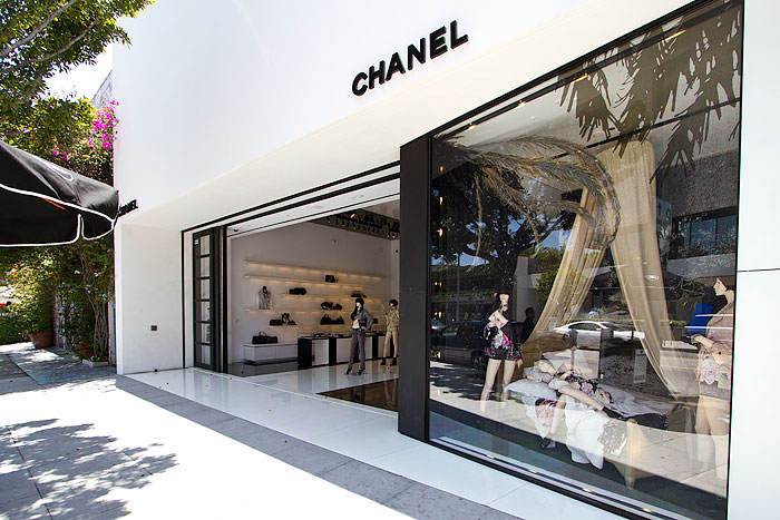 Chanel  Robertson Boulevard Shopping Dining  Travel Guide for Los Angeles California