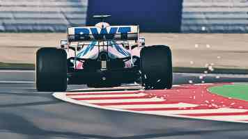 the-silent-emptiness-of-formula-one-2020-pc-screenshot-paintings-robert-what-17