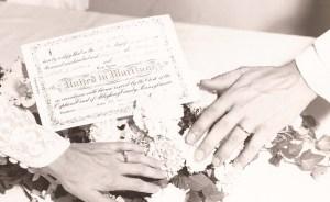 B&B Wedding - hands