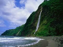 Waipio Valley Waterfall
