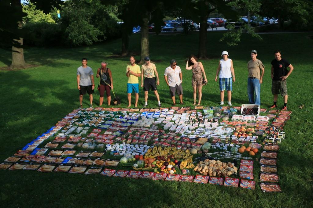 Mensen tegen voedselverspilling of 'food waste'