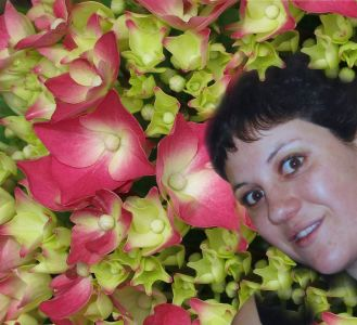 Robin Botie of Ithaca, New York photoshops Marika Warden, the girl in Ithaca who kicked leukemia but died of complications.